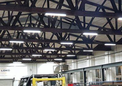 Osvětlení montážních a servisních hal